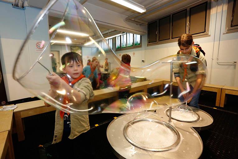 Kinderprogramm im Kindermuseum bei der Langen Nacht der Wissenschaften Nürnberg