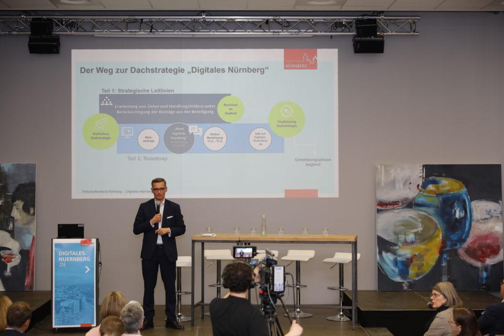 """Phasen der Strategieentwicklung von """"Digitales Nürnberg"""" © Wirtschaftsförderung Nürnberg"""